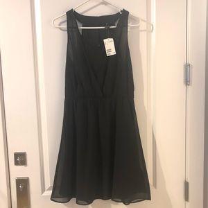 Brand new black flowy dress from H&M